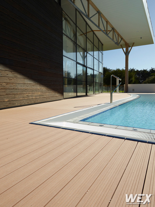 Photos de terrasses wex piveteau bois for Terrasse piscine composite