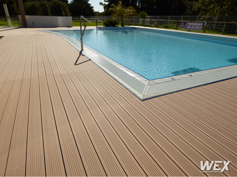 Photos de terrasses wex piveteau bois for Bois pour terrasse piscine
